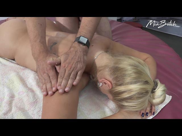 Sanfte Massage endet mit Sex
