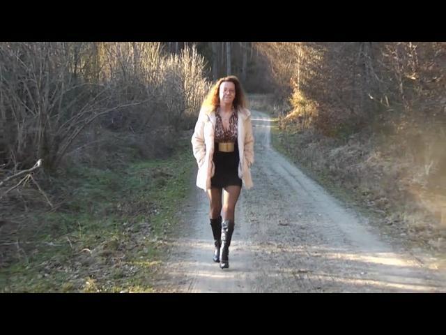 Unbekannten Kerl im Wald gebl*sen - Arsch SEXY